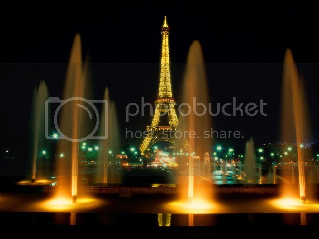 Paris France pictures of famous monuments, Eiffel tower at night